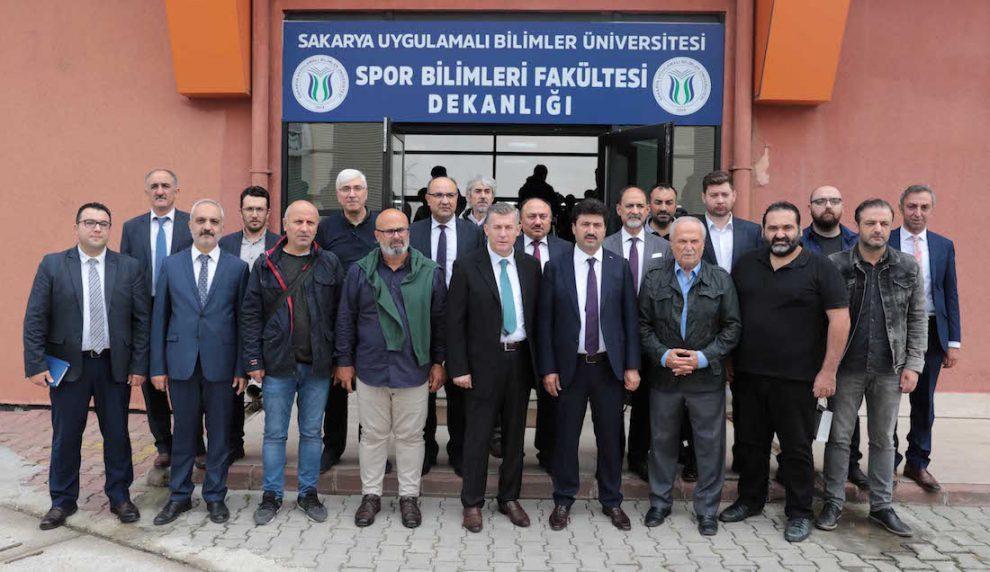SUBÜ Rektörü Prof. Dr. Mehmet Sarıbıyık basın mensupları ile buluştu