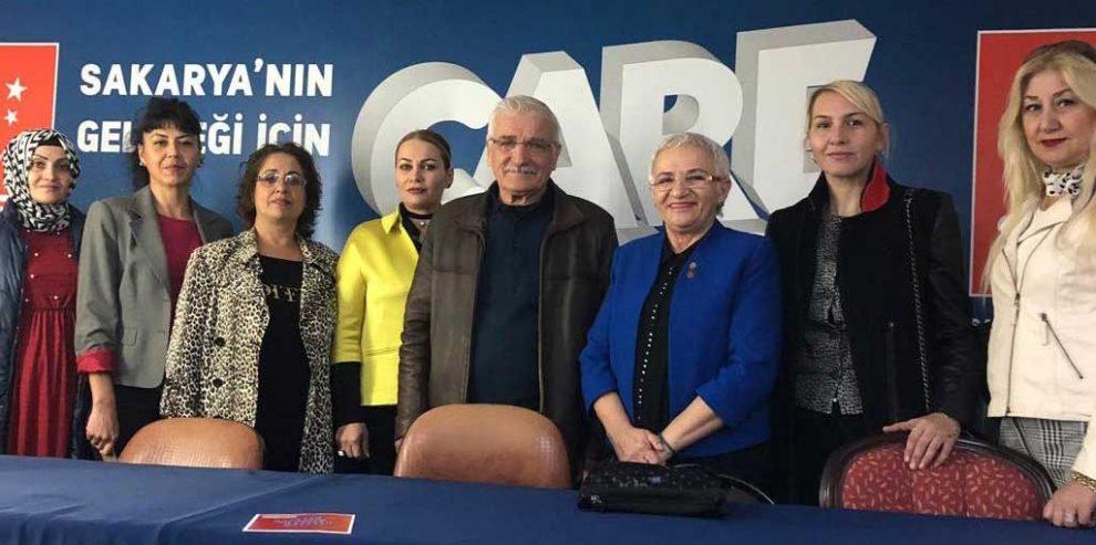 SP'ni ziyaretinde TKB Şube Başkanı Tevhide Yağan ve yönetim kurulu üyeleri yürüyüşe destek istedi.